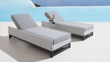 Taze Outdoor Fabric Sun Lounge