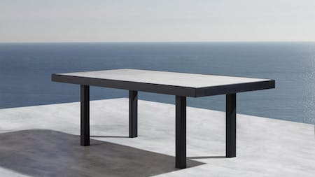 Invini 6 Outdoor Dining Table