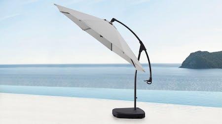 Oasis Outdoor Cantilever Umbrella