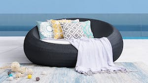 Round Outdoor Wicker Daybed