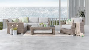 Savannah Outdoor Wicker Corner Lounge With Armchair